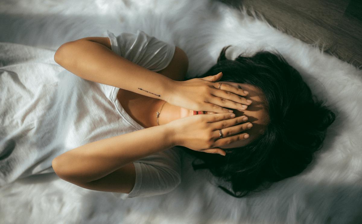 Consecuencias de no dormir lo suficiente y de dormir demasiado